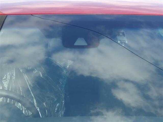 衝突回避/被害軽減 ペダル踏み間違い 先進ライト 充実の安全装備搭載