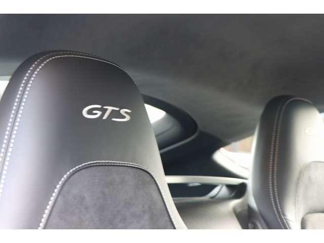 GTSアルカンターラパッケージ/クレヨンGTSインテリアパッケージ/カーボンインテリアパッケージ外しのないふんだんのオプション内容です。是非、現車を見て下さい、良さが解ります。