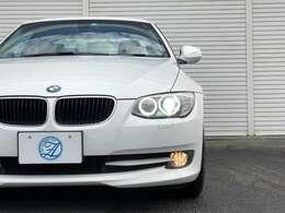 ★精悍なフロントフェイスに、BMWらしいキドニーグリル、エンジェルアイ(イカリング)が魅力的です。LCIモデルになってから、ヘッドライト形状もデザイン変更され、前期モデルとは違った魅力のある1台です★