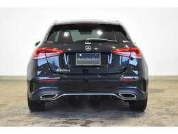 メルセデスの認定中古車は、年式や走行距離に応じて、2つのカテゴリー「サーティファイドカー」と「サーティファイドカーバリュー」に分かれています。