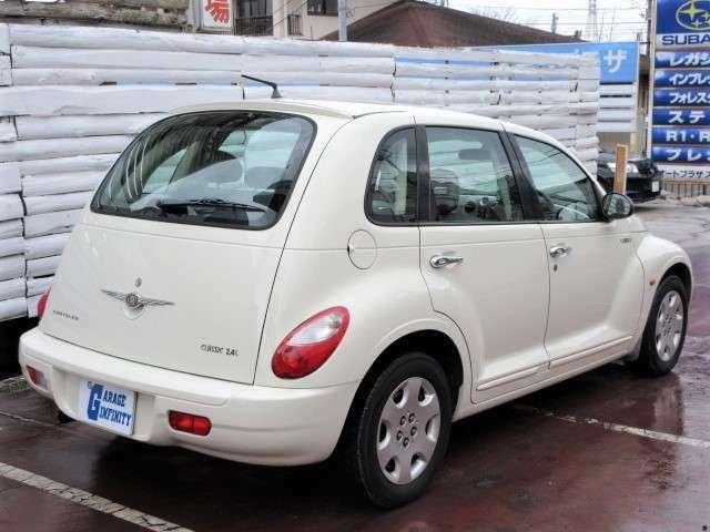 大きすぎず、小さすぎず、日本で運転するのにちょうどいいサイズで、なおかつ雰囲気がGOOD♪どこへお出かけするのも楽しくなりますね♪