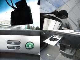 ■社外前後ドライブレコーダー■もしもの時に映像に残すことが出来るので便利です♪