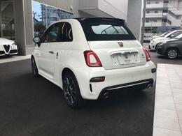 新しく入庫いたしました!こちら当社自慢のお車です。まずはご覧になってください!いろんなところをチェックできます♪