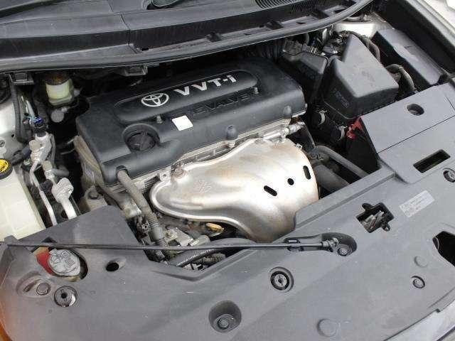 2AZ-FE型 2.4L 直4 DOHCエンジン搭載、FF駆動です。