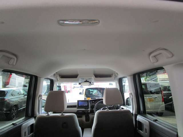 当店の車は全台、1年間走行距離無制限の保障付きで購入後も安心です。保証期間中は全国のホンダディーラーで保障修理を受け付けております。