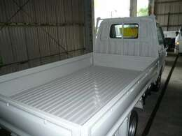 荷台床鉄板、塗装仕上げ済