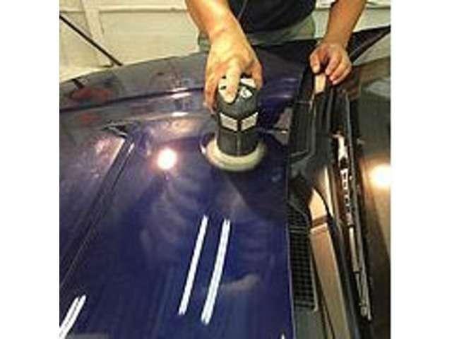 Bプラン画像:お客様のおくるまを丁寧に手作業で仕上げます。