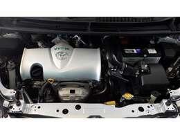 環境基準にやさしい低燃費エンジンを搭載
