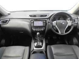 視点が高く、周りが見えやすいシート位置となっております。運転する時の眺めもいいですよ♪