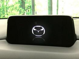 【メーカーオプションナビ】工場生産時に装着されているナビです。Bluetooth接続ができ、CD、DVDを視聴可能!しかもキレイに装備されているので見た目のマッチングもGOOD!