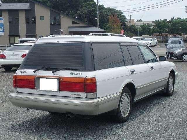 内外装綺麗なお車で快適にお乗り頂けます