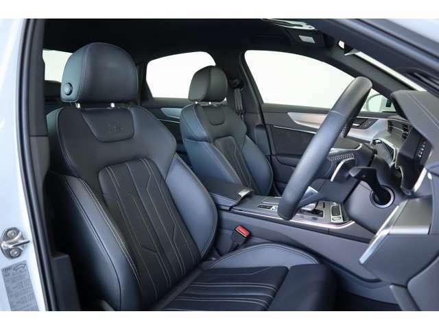 クオリティの高いシートの採用は、Audiの哲学のひとつです。シート骨格を堅牢に、クッションも長時間のドライブを想定し圧力を分散する設計で体に負担のかからない姿勢をサポート。