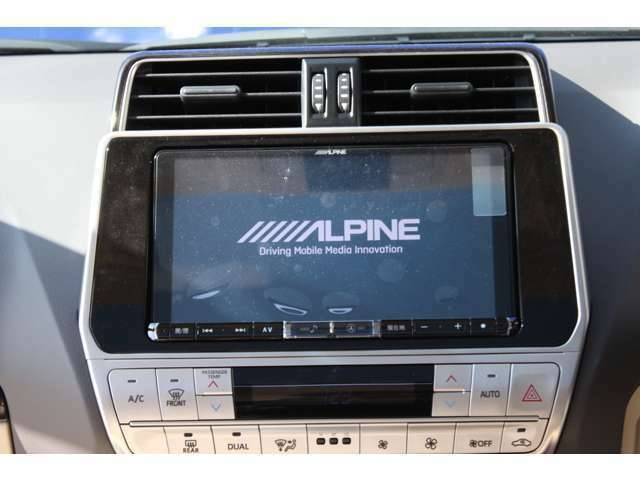 ALPINE BIG-X 9インチナビ バックカメラを標準装備!!