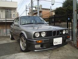 BMW 3シリーズクーペ 325i Mテクニック