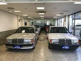 弊社在庫車2.5-16Vコスワースと展示させていただいております。当然正規ディーラー車で整備記録簿は新車時より揃っています。左の190E2.5-16Vは御成約となりました。