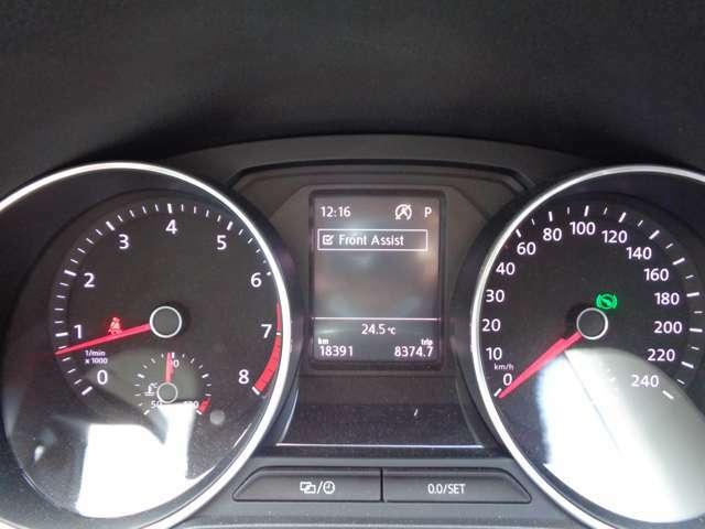 メーター中央には車両情報も表示されます。走行18391Kmです。
