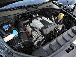綺麗なエンジンルームです。エンジンは高回転までしっかり吹け上がり、アイドリングも一定となっております。非常に良好です。■走行管理システムもチェック済みとなっております!