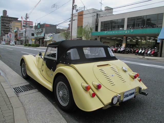 この度は、弊社在庫車をご覧いただき、誠にありがとうございます。弊社ジロン自動車株式会社は、1945年の創業以来、地域のみなさまに愛され、今年で75周年を迎える、老舗カーディーラーです。