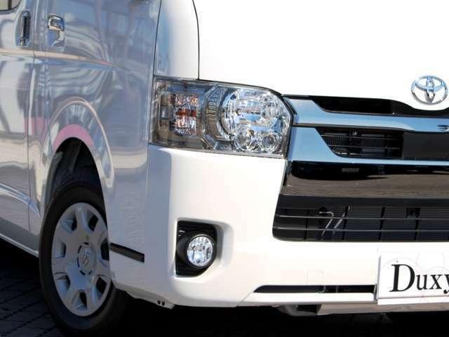 LEDヘッドライトは特別仕様車特別装備!!