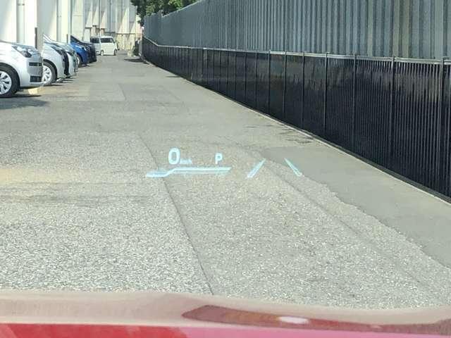 ヘッドアップディスプレイもついているので、運転するときのスピード管理に役立ちます。