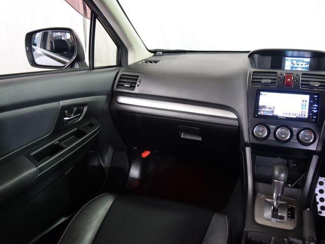 安全装備には、アイサイト・デュアルエアバック・ABS・衝突被害軽減ブレーキ・横滑り防止装置を採用。盗難防止にはイモビライザー付です★