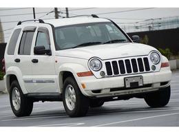 ジープ チェロキー リミテッド 4WD 希 少ホワイト 本革電動シート 正規輸入車
