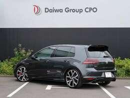 ハッチバックタイプのワールドスタンダードです。世界の自動車メーカーがベンチマークにしているフォルクスワーゲン ゴルフ です。完成後が高いです。