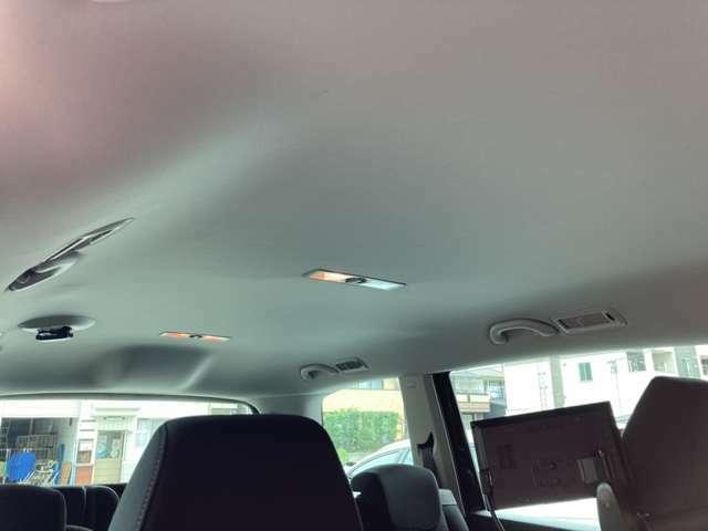 内外装は専用ツールを使用し全てクリーニング済みです!細かい汚れなども取り除き、とても綺麗な状態です!是非実車をご覧下さい!