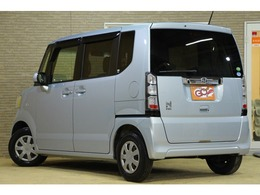 人気のN-BOX!!軽とは思えないぐらいのこの広さ!!綺麗なボディに綺麗な内装。こんなお車は早い者勝ち!!