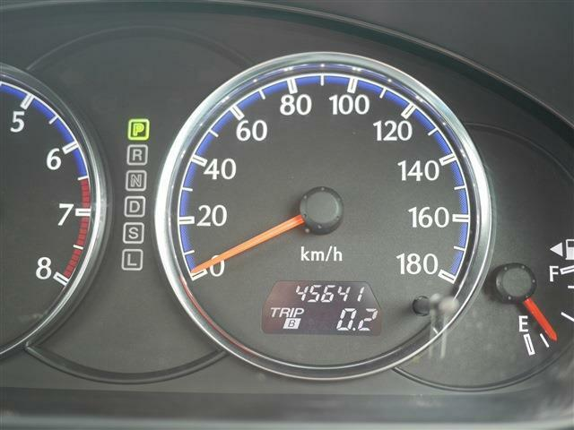 走行距離はまだ45000km台です。これからまだまだ元気に活躍してくれます。