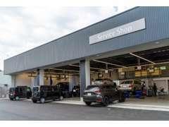 運輸局長指定整備工場完備。車検・定期点検・鈑金塗装・ボディケアなどすぐに対応出来ます。土日も休まず営業しております。