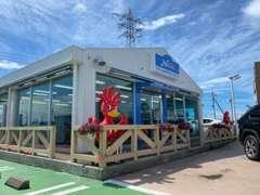 リゾート地のヴィラをイメージした事務棟です。伊勢崎市街地に立地しております。