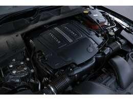 5.0リッターV8DOHCスーパーチャージャー 510ps/63.7kgm