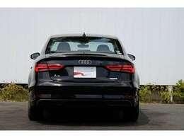 Audi認定保証は日本全国のAudi正規ディーラーで点検・整備・保証がご利用頂けますのでご遠方のお客様も安心してお乗り頂けます。