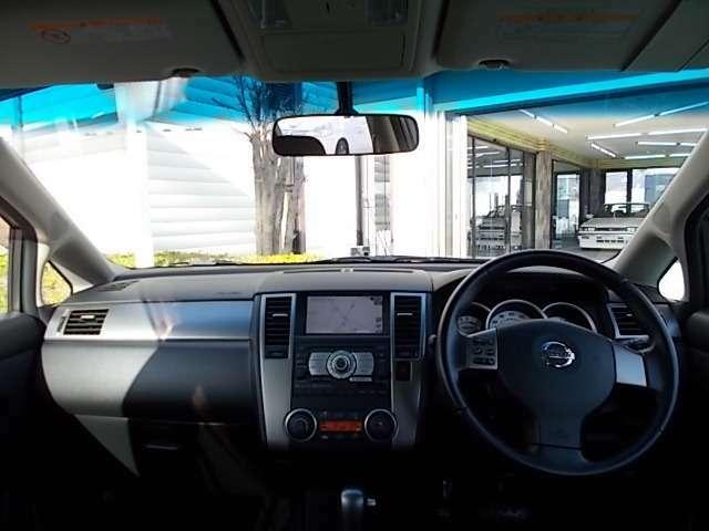 視界も良く運転しやすいですよ!