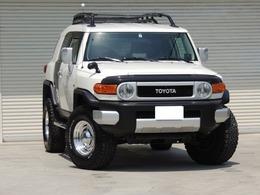 米国トヨタ FJクルーザー 4.0 4WD コンビニエンスPKG リフトアップ車