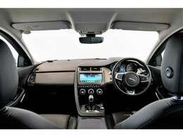 スポーツカーのようなドライビング・パフォーマンスと、SUVならではの広々とした室内空間が魅力です!