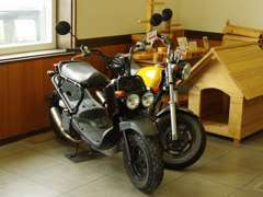 オートバイの新車・中古車販売も承ります♪