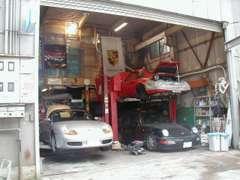提携工場完備。テスター完備で安心整備。芦屋ヤード展示車も有!