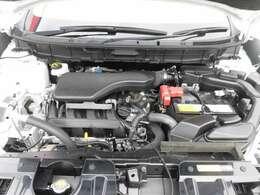 ご納車の前サービス工場で車検整備(法定24ヶ月点検)を行い、エンジンオイル・オイルフィルター・ワイパーゴムなど交換いたします。