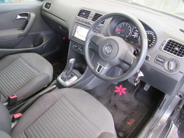 こちらのお車は内外装がとてもキレイな状態です。是非、ご検討下さい!◆在庫移動もございますのでご来店の際は事前にご連絡をお願いします!