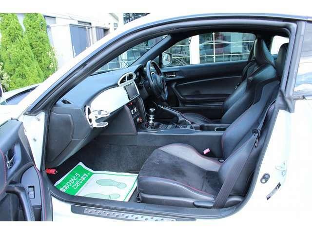 ◆お客様にご安心いただける様、第三者機関によるNPO法人JAAA日本自動車鑑定協会鑑定書を付け程度、機関、外装、内装の評価を明記して販売しております。