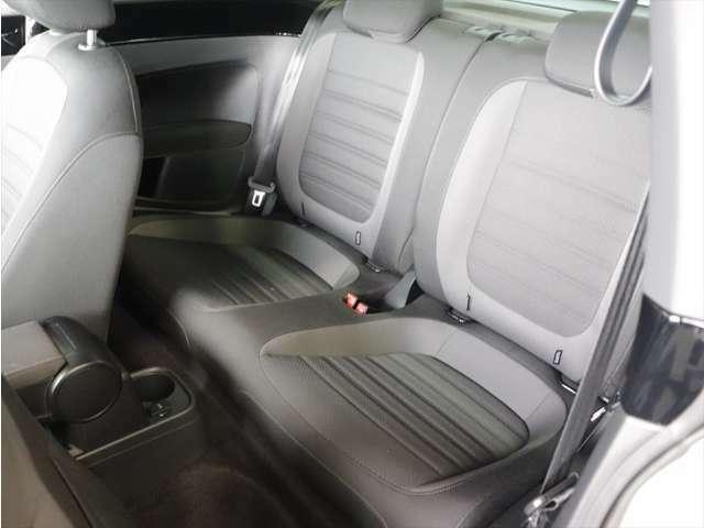 内装は禁煙車になります。入念に車輌チェックとクリーニングを実施。美しく高品質なクルマをご提供します!