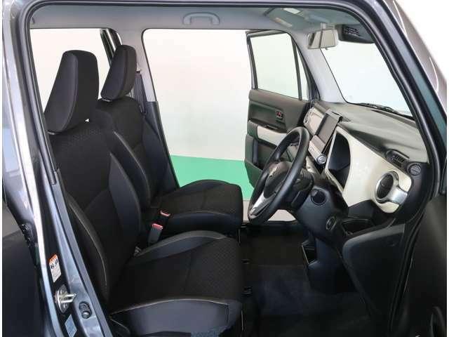 見晴らしがいいので運転していても解放感があってドライブを楽しめますよ☆運転席助手席にはシートヒーター装備です☆