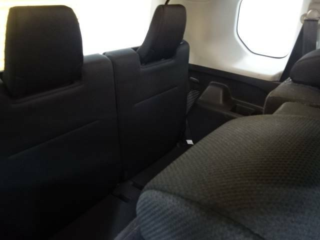 3列目のシートは大人が座っても十分な広さがございます☆