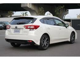 平成30年式、走行少なく状態の良いインプレッサスポーツの白パールが新入荷いたしました!アイサイトver.3搭載車!本革シート、8インチビルトインナビ、Rカメラ、ETC等装備も充実です!