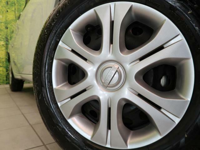 ●純正15インチホイールキャップ装備。各種アルミホイール+タイヤやスタッドレスのセットもお取扱いございますのでご検討の方はスタッフまでご相談ください。