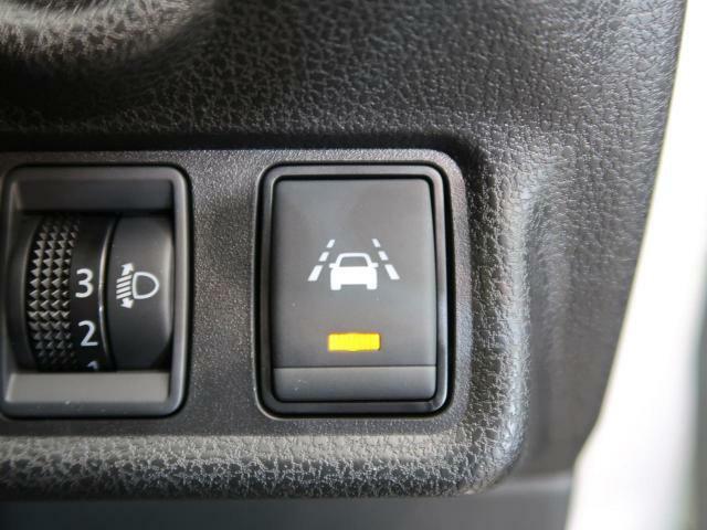 ☆インテリジェントLI(車線逸脱防止支援システム)☆警告音とともにブレーキを制御し、車両を車線内に戻すように支援します♪
