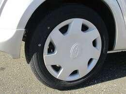 タイヤは2019年製造の物でタイヤの山は8分山位残っております。