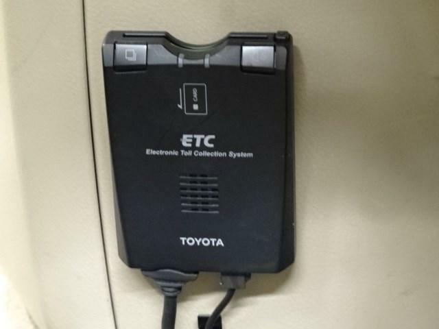 ETCも搭載しております。高速道路の料金もお安くなります。当社でETCカードのご契約も可能です。お気軽にお問い合わせください。